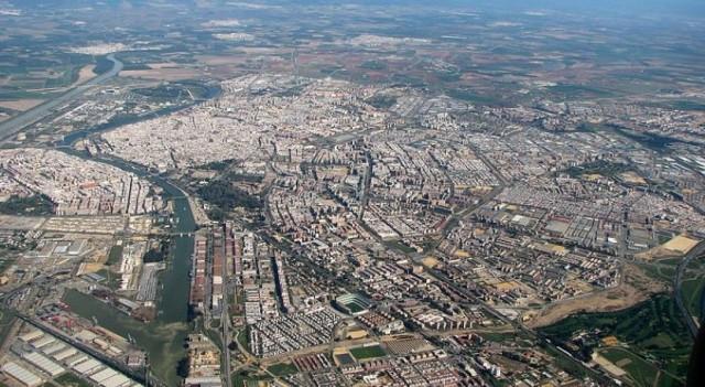 Sevilla - Vista Aérea (desde el Sur)